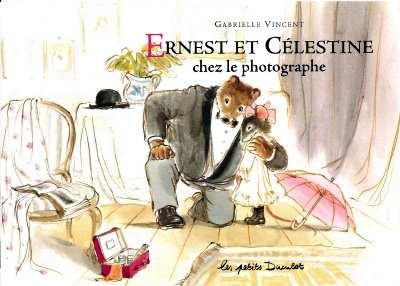 Les petites souris dans la littérature enfantine BIB0531